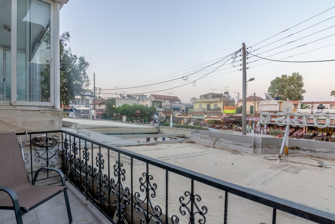 Deslina and Dimitra Luxury Apartment street views by Crete Dream in Georgioupolis